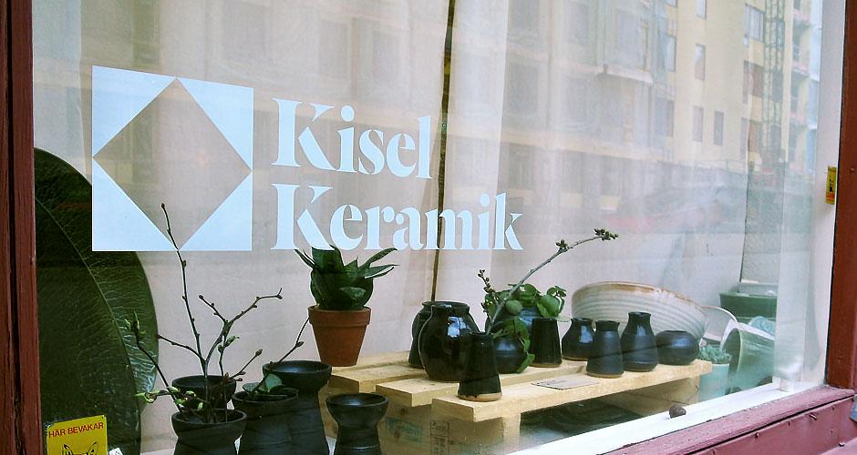 Kisel Keramik window display